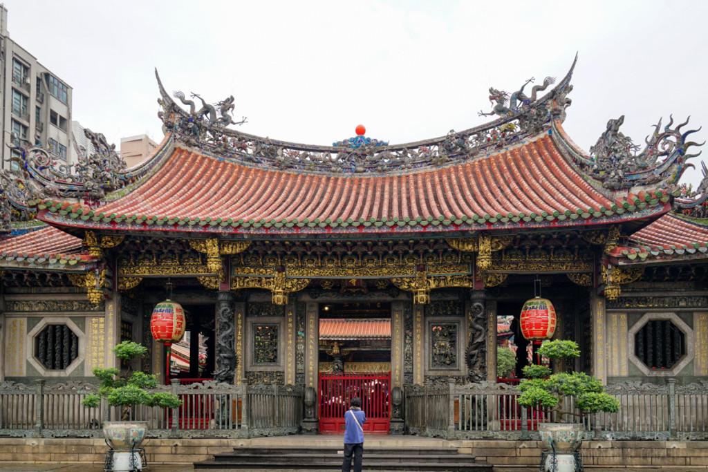 台北のシンボル的存在龍山寺