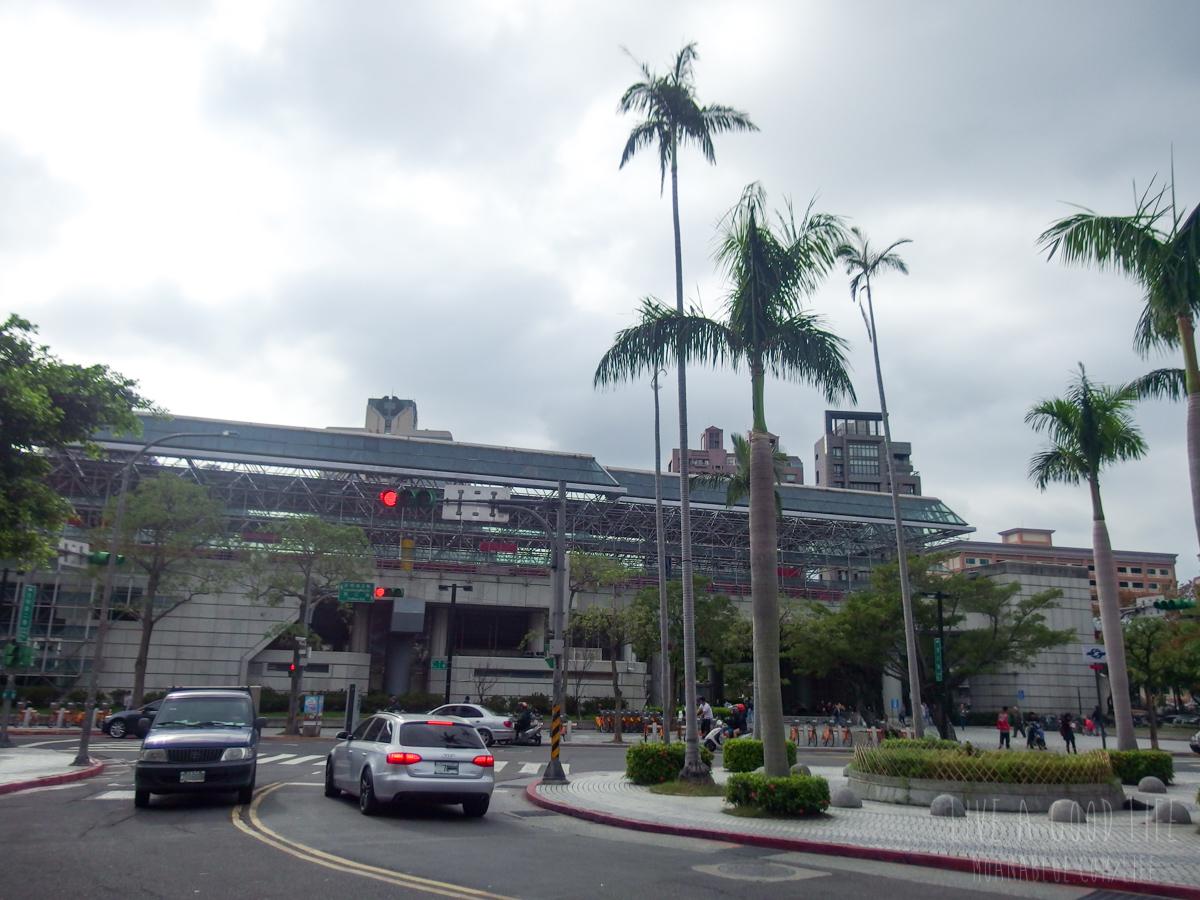 MRT北投駅のターミナル